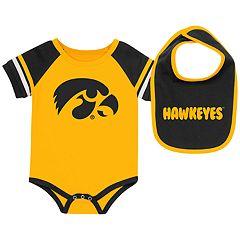 Baby Iowa Hawkeyes Roll-Out Bodysuit & Bib Set