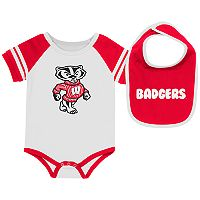 Baby Wisconsin Badgers Roll-Out Bodysuit & Bib Set
