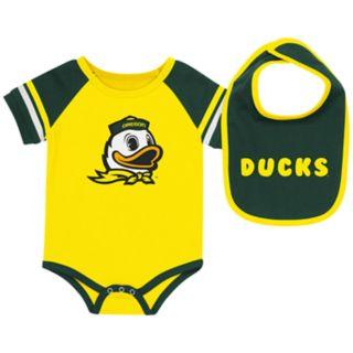 Baby Oregon Ducks Roll-Out Bodysuit & Bib Set