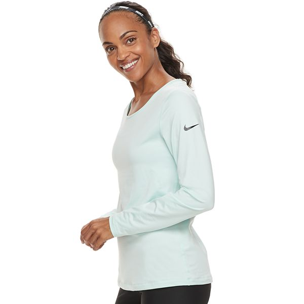 Capitán Brie Paine Gillic amargo  Women's Nike Pro Warm Training Base-Layer Long-Sleeve Top