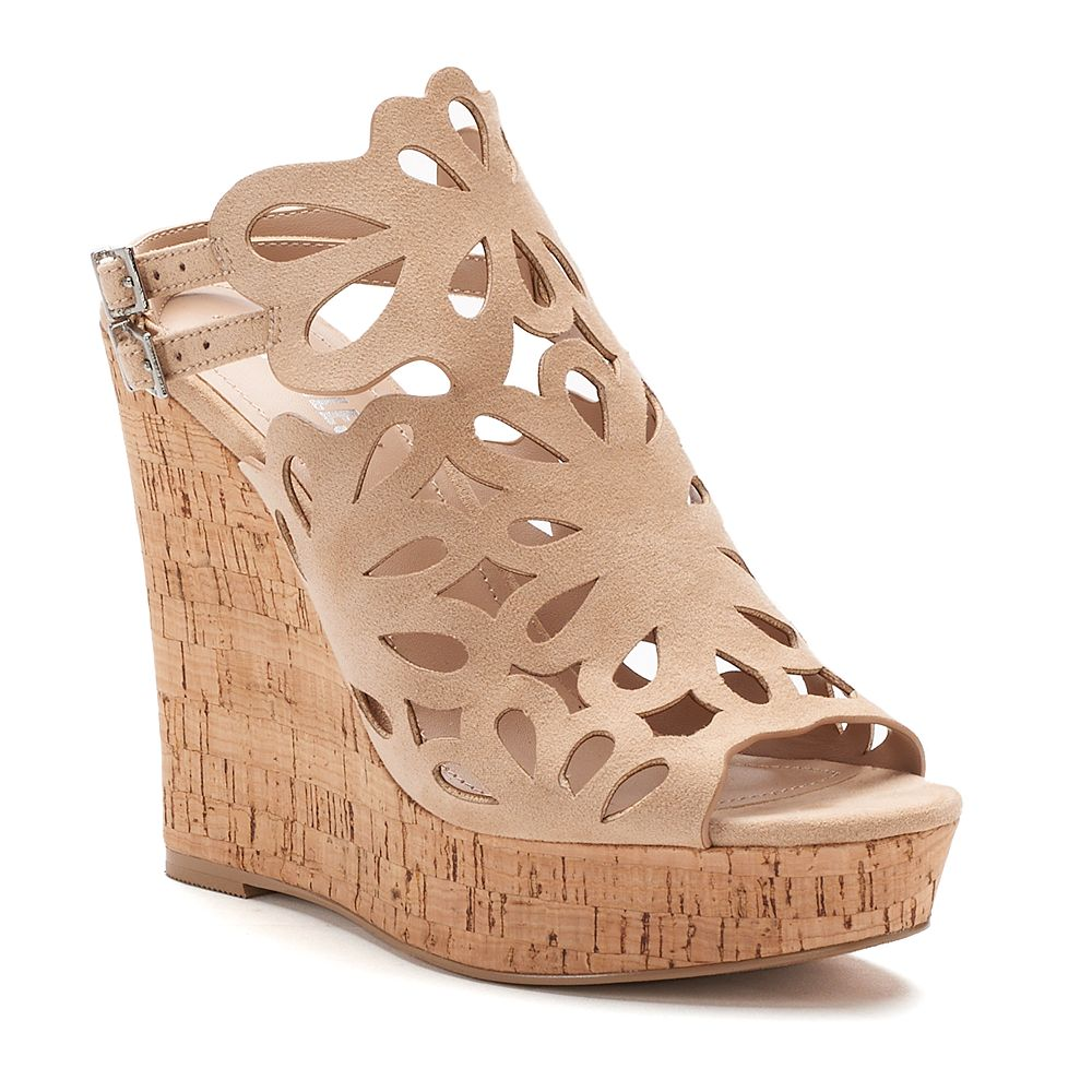 Style Charles by Charles David ... Alaiah Women's Cutout Wedge Sandals f0C8pYe4