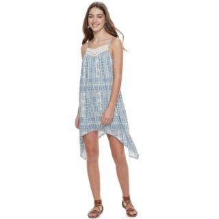 Juniors' Three Pink Hearts Knit Sharkbite Dress