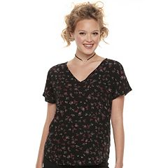 Juniors' SO® Dolman Sleeve V-Neck Tee