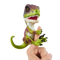 Fingerlings Untamed Raptor Dinosaur By WowWee