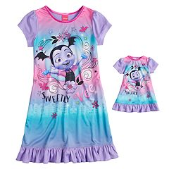 Disney Junior Vampirina 'Sweetly Vee' Girls 4-8 Nightgown & Doll Gown Set
