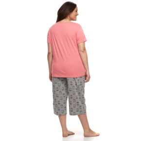 Plus Size Be Yourself Graphic tee & Capri Pajama Set