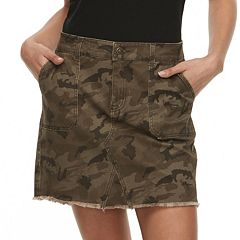 Juniors' Rewash Camouflage Frayed Twill Mini Skirt