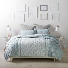 LC Lauren Conrad Floral Borders Cloud Quilt Set