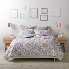 LC Lauren Conrad Floral Medallion Cloud Quilt Set