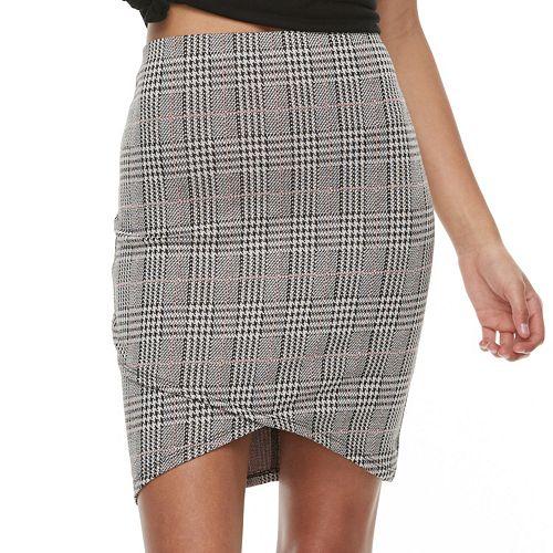 Juniors' Joe B Cross Front Ribbed Skirt