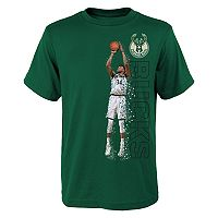 Boys 8-20 Milwaukee Bucks Giannis Antetokounmpo Pixel Player Tee