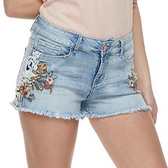 Juniors' Vanilla Star Embroidered Frayed MidRise Jean Shorts
