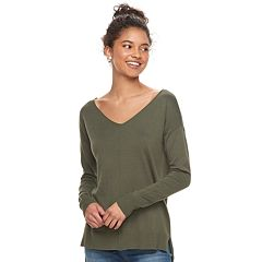Juniors' SO® High-Low V-Neck Sweater