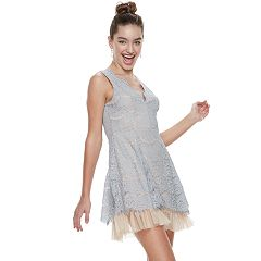 Juniors' Three Pink Hearts Lace Scallop Skater Dress