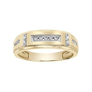 Lovemark Men's 10k Gold 1/10 Carat T.W.  Diamond Wedding Band