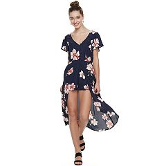 Juniors' Three Pink Hearts Floral Button-Front Maxi Dress