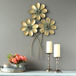 Stratton Home Decor Flower Bouquet Wall Decor