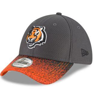 Adult New Era Cincinnati Bengals Visor Blur 39THIRTY Flex-Fit Cap