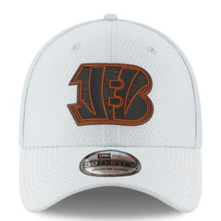 Adult New Era Cincinnati Bengals Training 39THIRTY Flex-Fit Cap