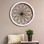 Stratton Home Decor Round Floral Wall Decor