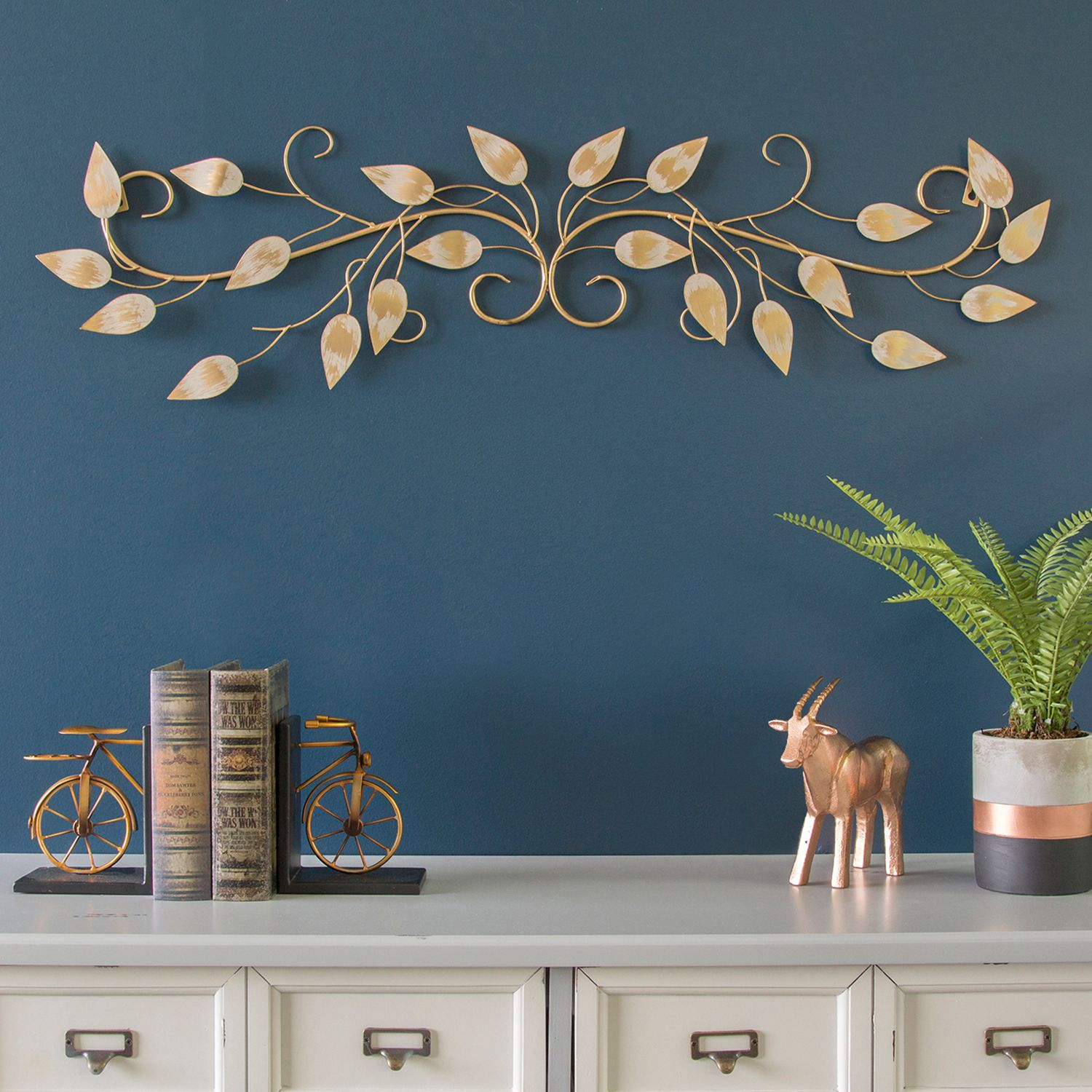 Stratton Home Decor Leaves Over The Door Wall Decor