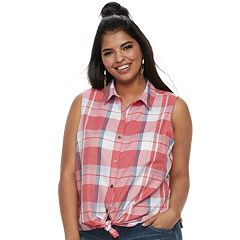 Juniors' Plus SO® Sleeveless Tie-Front Shirt