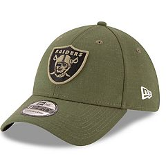 Adult New Era Oakland Raiders Salute to Service 39THIRTY Flex-Fit Cap