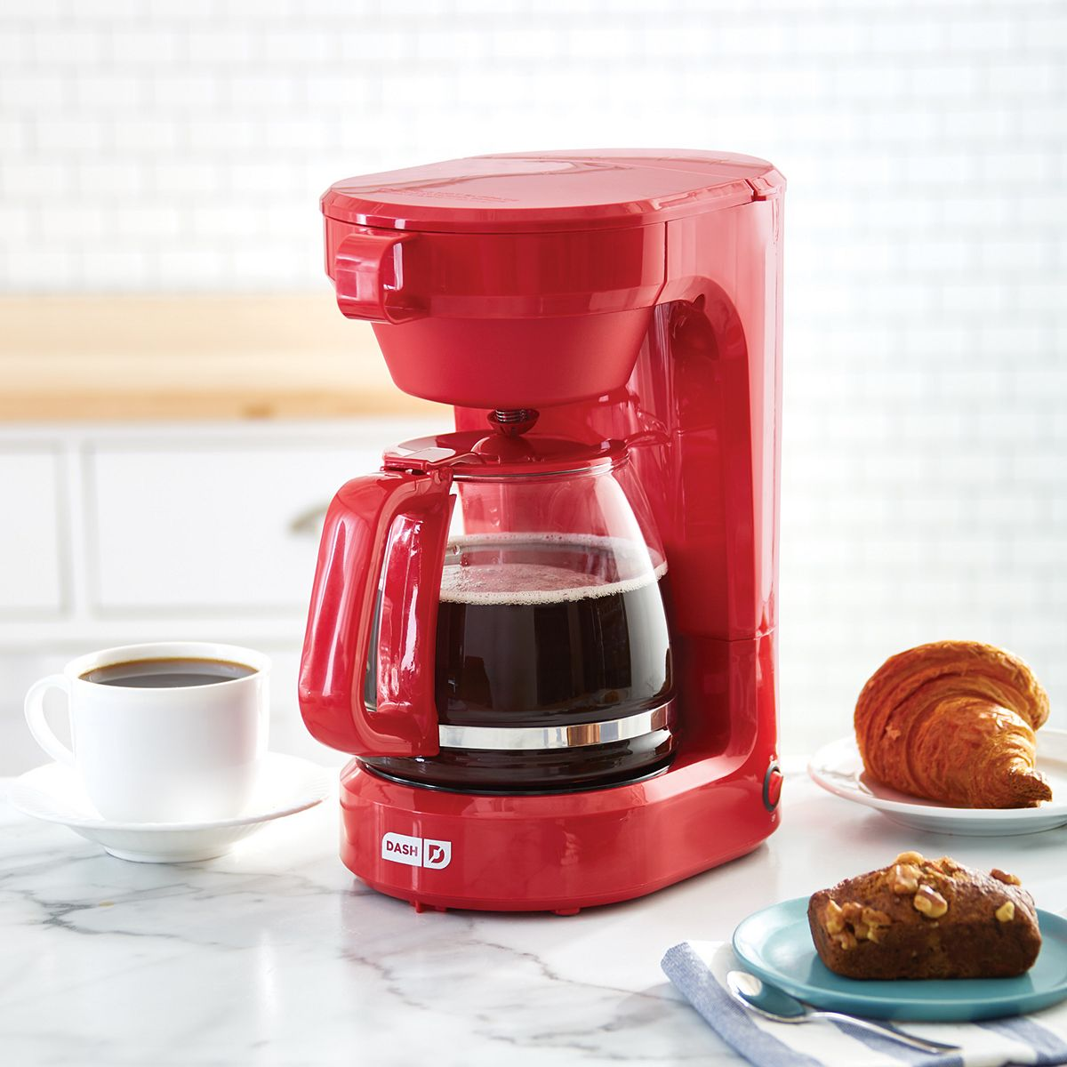 Dash 12-Cup Express Coffee Maker Red FqXyS