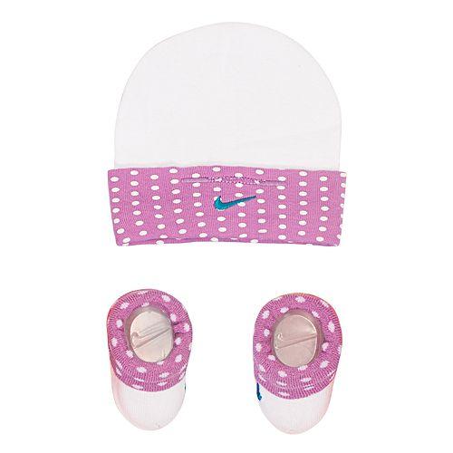 Baby Girl Nike Dot Hat   Booties Set ae52cf6a5f7