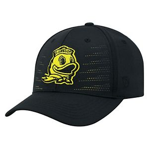 Adult Top of the World Oregon Ducks Dazed Performance Cap