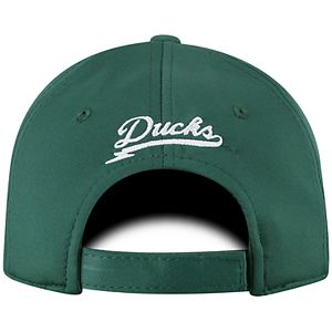 Adult Top of the World Oregon Ducks Pitted Memory-Fit Cap
