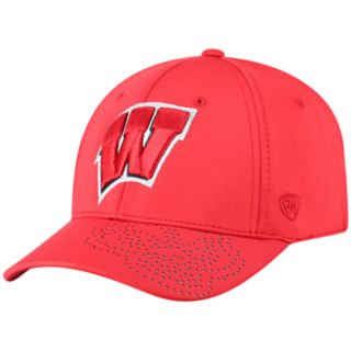Adult Top of the World Wisconsin Badgers Pitted Memory-Fit Cap