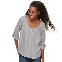 Juniors' SO® Woven Roll-Tab Henley Top