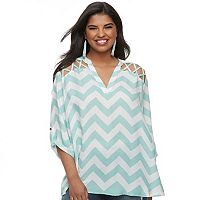 Juniors' Plus Size Liberty Love Lattice Chevron Popover Top