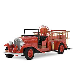 Fire Brigade 1932 Buick Fire Engine With Light 2018 Hallmark Keepsake Christmas Ornament