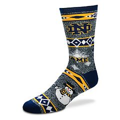 Adult For Bare Feet Notre Dame Fighting Irish Team Ugly Holiday Crew Socks