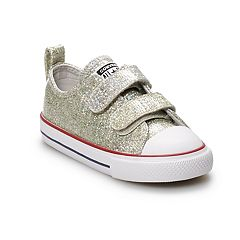 5bc813b87e Toddler Girls' Converse Chuck Taylor All Star 2V Sneakers