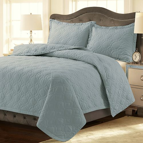 Tribeca Living Lyon Solid Geometric Quilt Set
