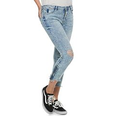 Juniors' Almost Famous Mid-Rise Frayed & Zipper Hem Skinny Jeans