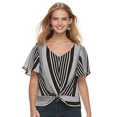 Juniors' Love, Fire Twist Front Top