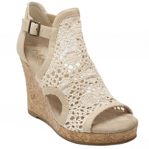 17db954a10 sugar Hues Women's Wedge Sandals