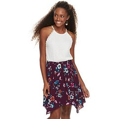 Juniors' Lily Rose Lace Handkerchief Hem Dress