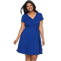Juniors' Plus Size Wrapper Short Sleeve Wrap Dress