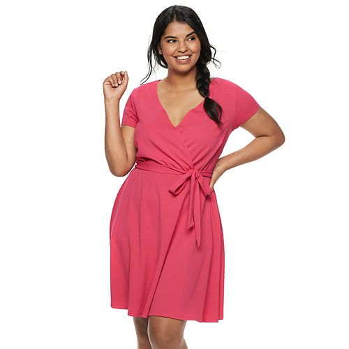 Juniors Plus Size Wrapper Short Sleeve Wrap Dress