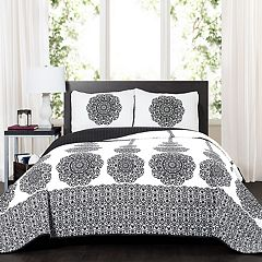 Lush Decor Stripe Medallion Quilt Set