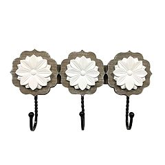 New View Shabby Chic Medallion 3-Hook Wall Decor