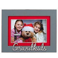 Malden 'Grandkids' 4' x 6' Christmas Frame