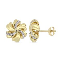 10k Gold 1/10 Carat T.W. Diamond Flower Stud Earrings