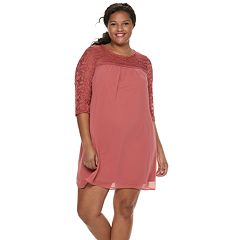 Juniors' Plus Size Lily Rose Lace Shift Dress