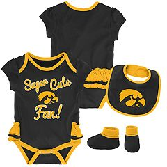 Baby Girl Iowa Hawkeyes Mini Trifecta Bodysuit, Bib & Booties Set